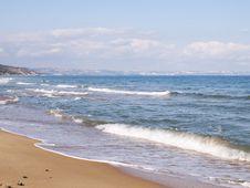 Free Wavy Sea Horizont Stock Images - 34671404