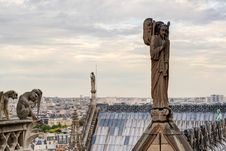 Free Statues And Chimeras Of The Cathedral Of Notre Dame De Paris, Fr Royalty Free Stock Photo - 34685795