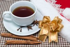 Free Cup Of Tea With Cinnamon Pipes Royalty Free Stock Image - 34696636