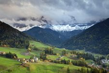 Free Italian Alps. Stock Photography - 34697032