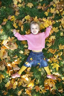 Free Girl Lies On Grass Royalty Free Stock Images - 3471099