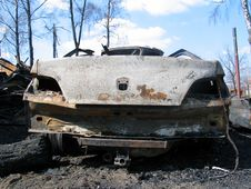 Free After Fire - Back Of Big Car Royalty Free Stock Images - 3473869