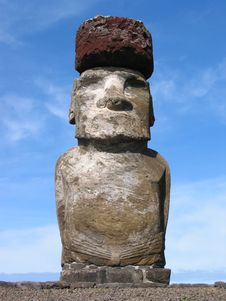 Free Moai In Hangaroa Stock Image - 3475221