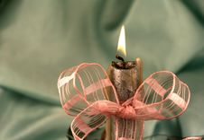 Free Candle Light And Ribbon Royalty Free Stock Images - 3476209
