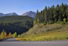 Free Picturesque Road To Mountains Stock Photo - 3476610