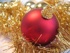 Free Red Christmas Ball Stock Photo - 3478460
