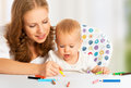 Free Mother And Baby Draw Color Pencil Stock Images - 34705864