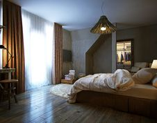 Free Modern Interior Of A Bedroom Stock Photo - 34707030
