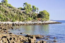 Free Rocky Beach In Croatia Royalty Free Stock Photo - 34748175