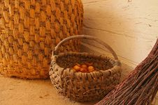 Free Wicker Baskets Stock Images - 34748244
