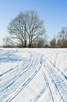 Free Country Road In Winter Stock Photos - 34753793