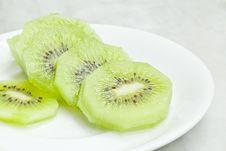 Free Kiwi Fruits Royalty Free Stock Images - 34773369