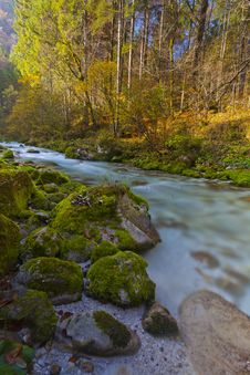 Free Fresh River Form Mountains In Long Exposure Royalty Free Stock Photos - 34778898