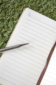 Free Close Up Blank Page Of Notebook Stock Photo - 34781830