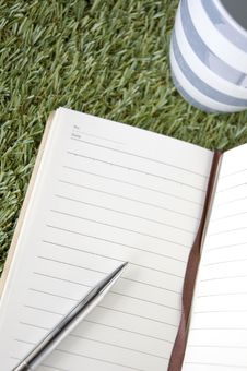 Free Blank Page Of Notebook Stock Photos - 34782423