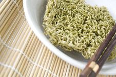 Free Close Up Vegetable Instant Noodle Stock Photo - 34782510
