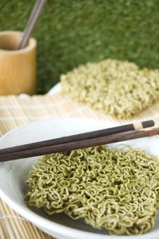 Free Green Instant Noodle Stock Photography - 34782542