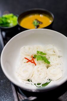Free Thai Rice Noodle Royalty Free Stock Photo - 34786485