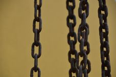 Free Rusty Chains 3 Royalty Free Stock Image - 34789446