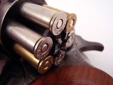 Free Gun With Bullets Royalty Free Stock Image - 3481816