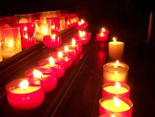 Free Row Of Candles Royalty Free Stock Photos - 3482578
