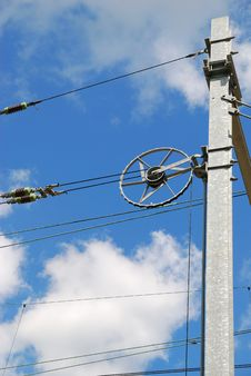 Free Electricity Line Tensioner Royalty Free Stock Photo - 3485705