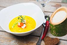 Free Risotto Portion With Shrimp And Beans Stock Photos - 34825783