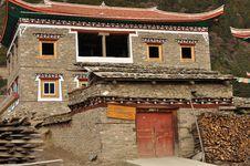 Free New House In Tibetan Region Royalty Free Stock Photo - 34844355