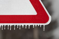 Free Road Sign With Icicles Royalty Free Stock Photography - 34848867