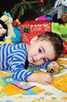 Free Cute Little Boy Portrait Stock Photography - 34854192