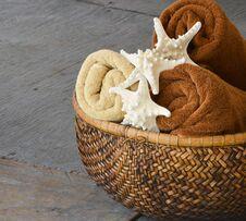 Free Towel Basket Stock Photography - 34890462