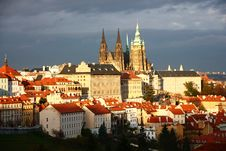Free Prague Castle Royalty Free Stock Photo - 34894645