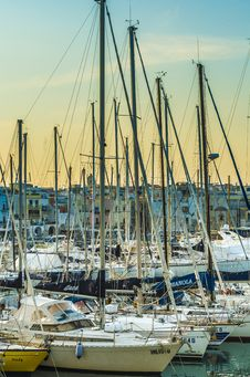 Free Trani, Harbor Stock Photography - 34897332