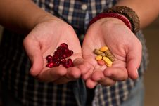 Free Pills And Pomegranate Seeds Royalty Free Stock Images - 3493449