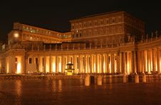 St. Peter S Colonnade Night Stock Photos
