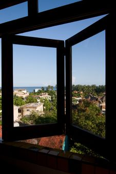 Free Sea Breeze Window Stock Photo - 3498270