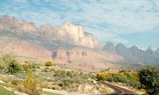 Free Zion Mountain Landscape Royalty Free Stock Photos - 3499838