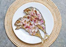 Free Deep Fry Mackerel Fish Stock Photos - 34915523