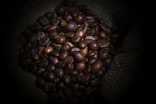 Free Robusta Coffee Beans Royalty Free Stock Photo - 34915565