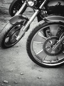 Free Retro Motorbikes Royalty Free Stock Image - 34915716
