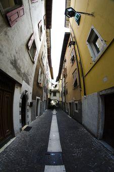 Free Streets Of Verona Royalty Free Stock Photo - 34917065