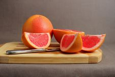 Free Grapefruit And Slices Stock Images - 34918684