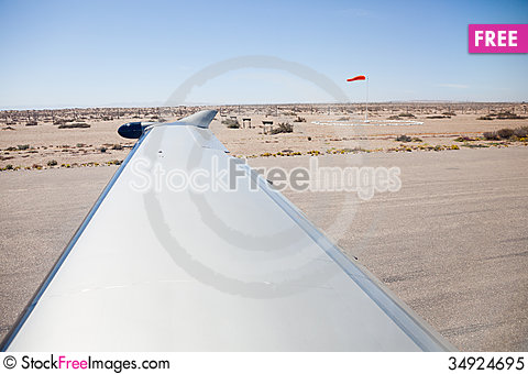 Free Desert View From Aircraft On Runway Royalty Free Stock Photo - 34924695