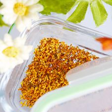 Free Dry Osmanthus Royalty Free Stock Photography - 34950677