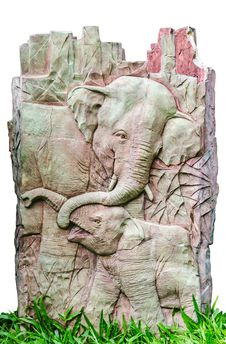 Free Stucco Of Two Elephants Royalty Free Stock Photography - 34960337
