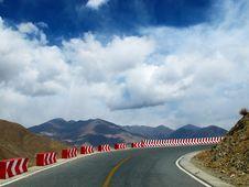Free Tibet Plateau Road Royalty Free Stock Photo - 34989195