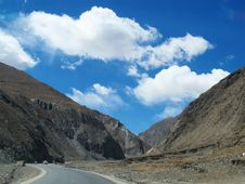 Free Tibet Plateau Road Royalty Free Stock Photography - 34989877