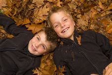 Free Autumn Kids Royalty Free Stock Photo - 34991165