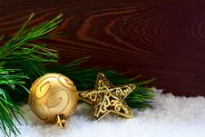 Free Fir-tree Twig Decorated With A Ball And A Star Stock Photo - 34993420