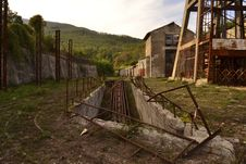 Free Abandoned Mine Scenery Stock Photography - 34995752